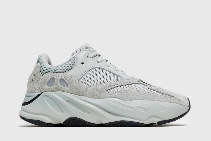 free shipping 28964 a6941 Kanye West's Yeezy Foam Runners Are Being Dubbed 'Kanye ...