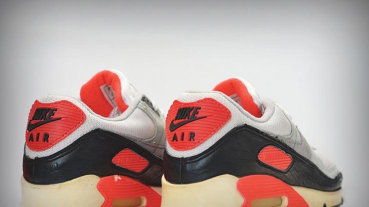 10 Air Max 90 Colorways