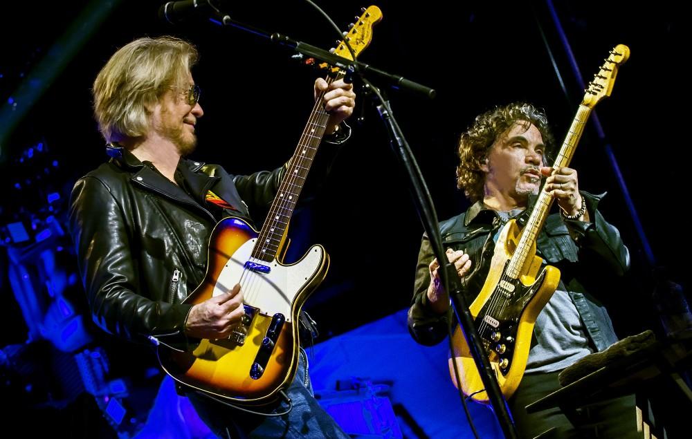 Hall & Oates on tour. Credit: Stuart Berg