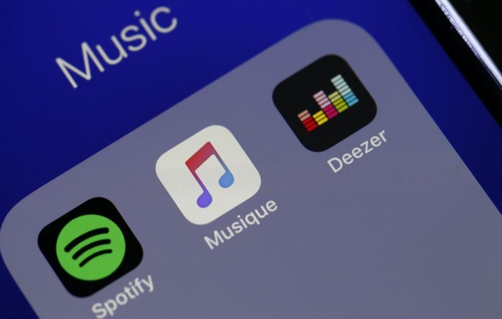 Spotify, Apple Music, Deezer