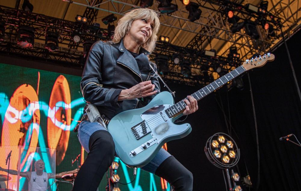 Chrissie Hynde guitar