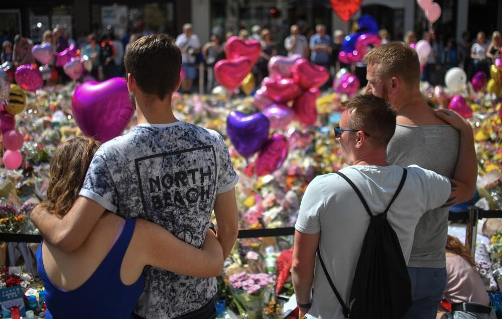 Manchester Arena tributes